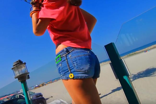 Criss Blaziny ft. Cosmina - Vacanța de vară - 2011