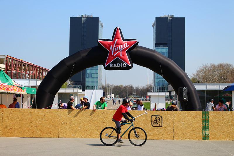 Zonă amenajată pentru competiția polo bike