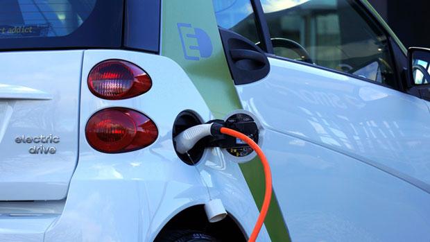 Toate vehiculele cu combustibili fosili vor disparea în următorii 10 ani