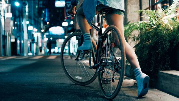 Bicicliștii sunt motivul pentru care omenirea este în criză econmică