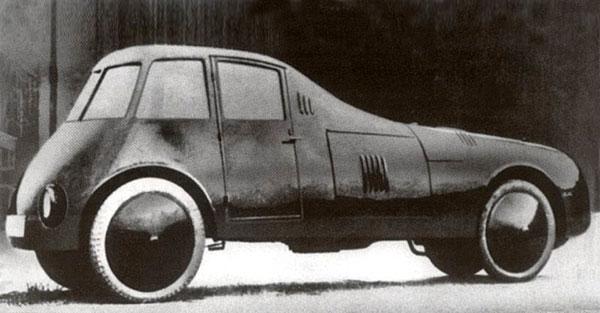 Prima mașină aerodinamică cu roțile în interiorul caroseriei